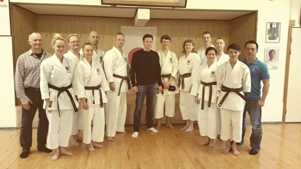 8 nye Shodan og 3 nye Nidan til Dentokan JKA