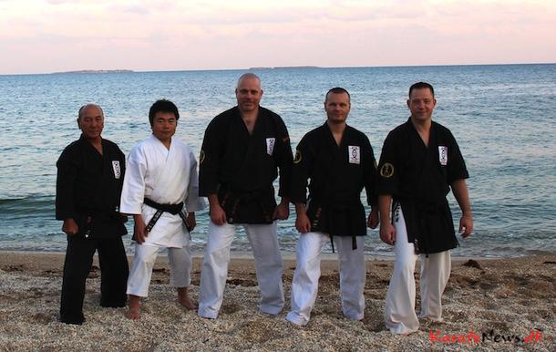 Fra Venstre: Tokumura Sensei, Nagira Sensei, Lars Andersen, Mads Nørby, Martin Frederiksen, Okinawa 2013