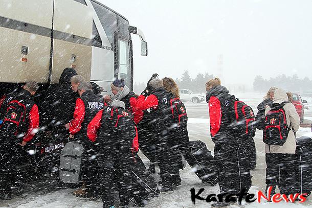 DKarF landsholdet – Afrejse via Istanbul til Baku