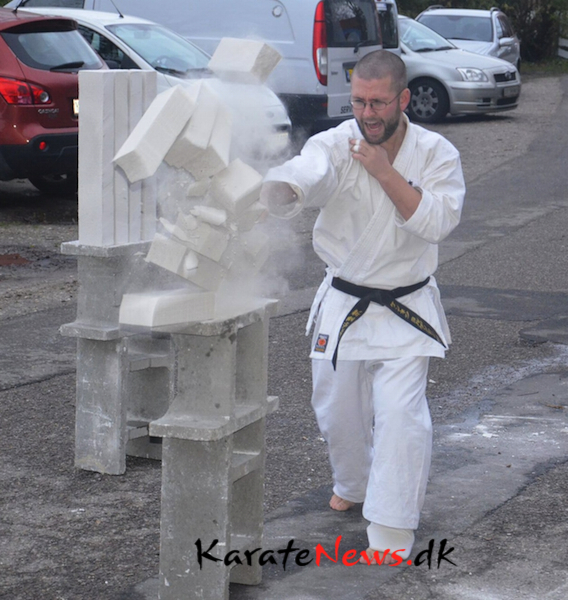 Kenneth tsuki-imp-imp