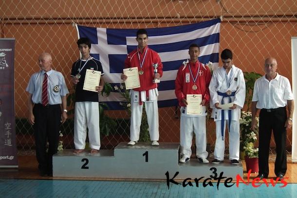 Første medalje til Danmark ved et WKF Karate1 stævne for ungdom
