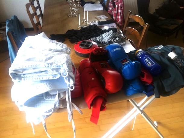 Michael Lund fra Hvide Sande Karate Klub har pakket tasken og sat kursen mod Sjælland