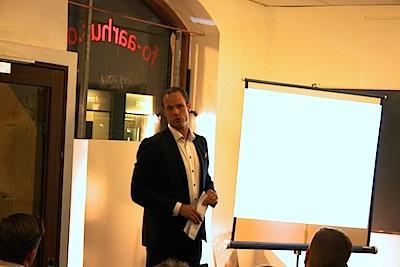 Thomas Bjurring under et af hans foredrag