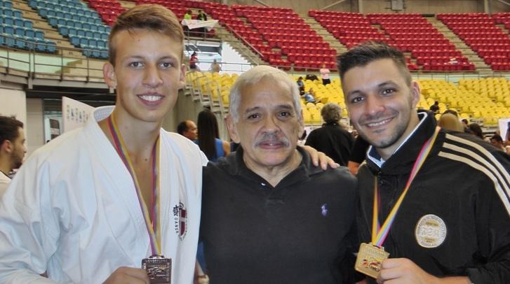 Christopher på besøg hos verdensmesteren Antonio Diaz